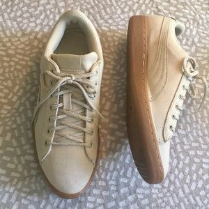 Cream Canvas Puma Vikky Fashion Sneaker 8